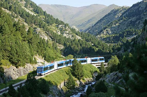el_tren_cremallera_mas_largo_de_espana_esta_en_girona_4605_570x