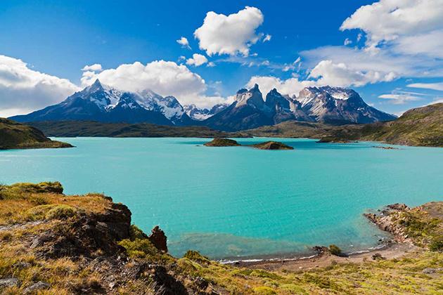 torres_del_paine_desde_el_lago_pehoe_chile_9528_630x
